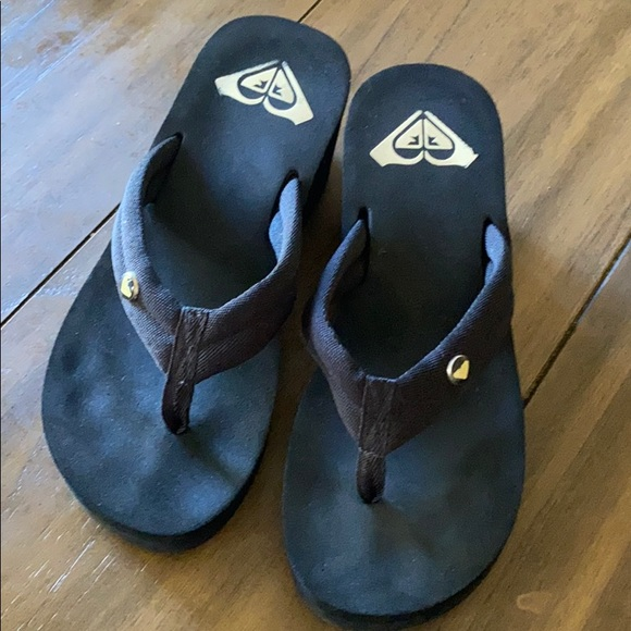 Roxy Wedge Flip Flops Size 8